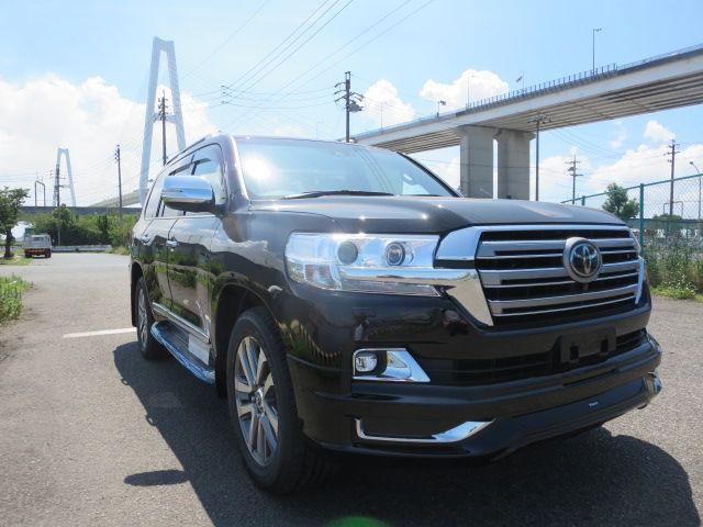 Toyota LAND CRUISER ZX 2018 Japanese used cars : B67284